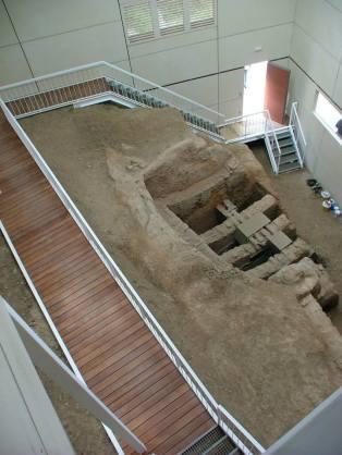 Edificio para la conservación restos arqueológicos