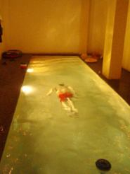 piscina-interior-noche3