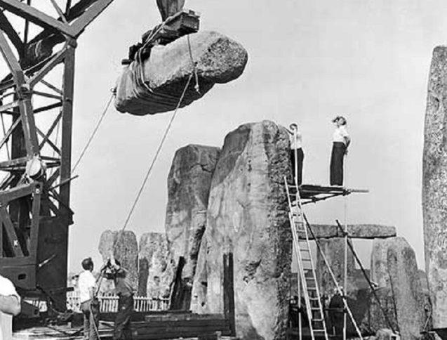 Stonehenge--789x600